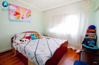 oferta de vanzare a unui apartament decomandat cu 2 camere situat in Galati, cartier Micro 16