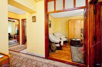 oferta de vanzare a unui apartament decomandat cu 4 camere situat in Galati, zona Ultimul Leu