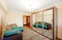 oferta de vanzare a unui apartament decomandat cu 2 camere situat in Galati, cartier Mazepa II