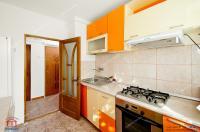 oferta de vanzare a unui apartament semidecomandat cu 3 camere situat in Galati, cartier Tiglina 1